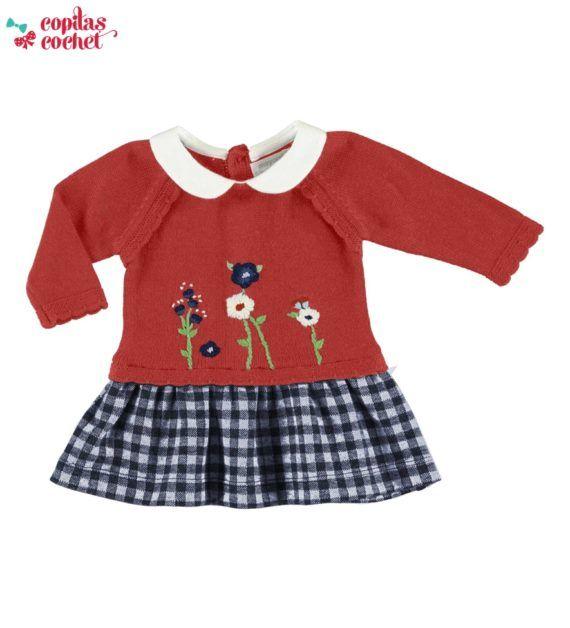 rochie-tricotata-bebe-cu-floricele